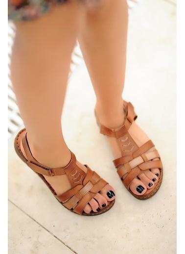 Pembe Potin A017-20 Kadın Sandalet Taba